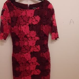 Red\Burgundy Floral Dress Sz.4 Made By Tahari
